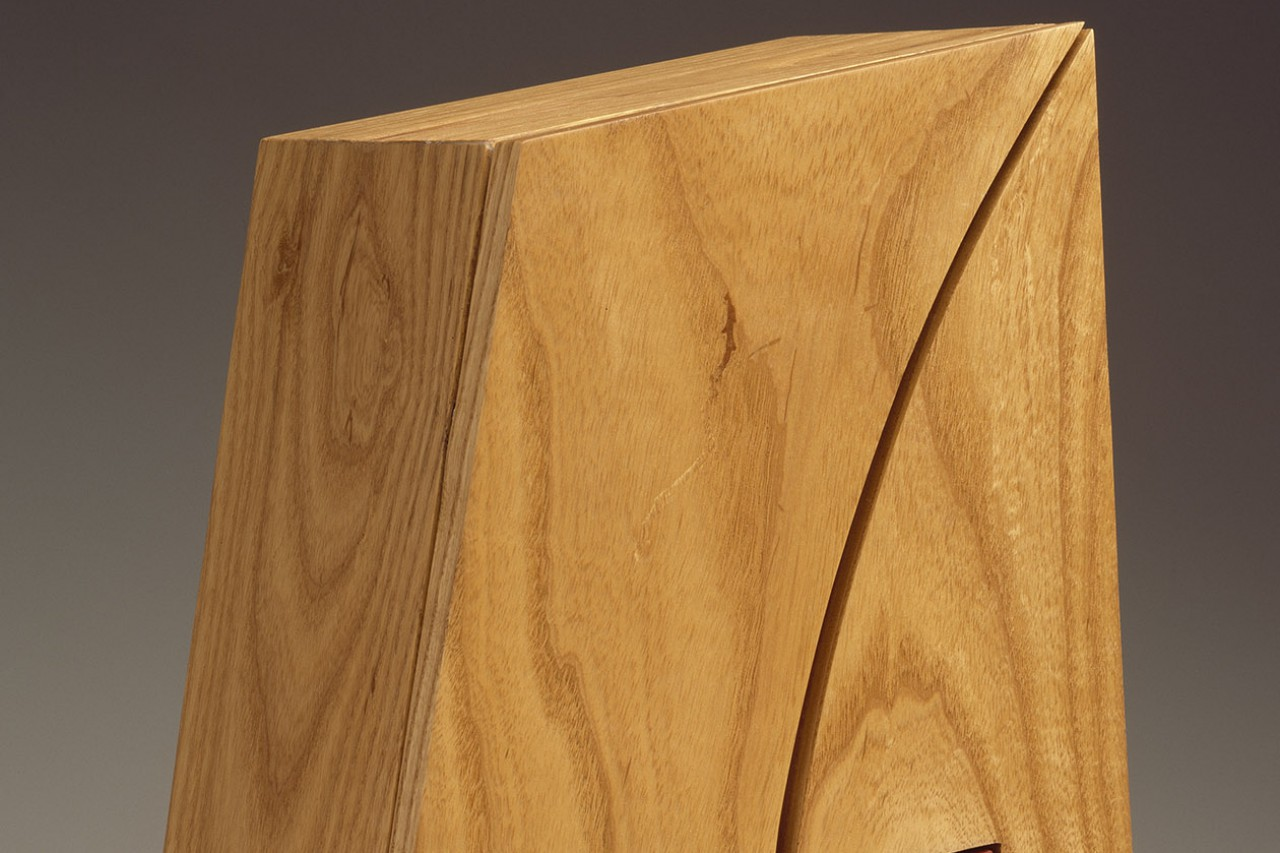 Bowtie wood jewelry box closed by Seth Rolland custom furniture design