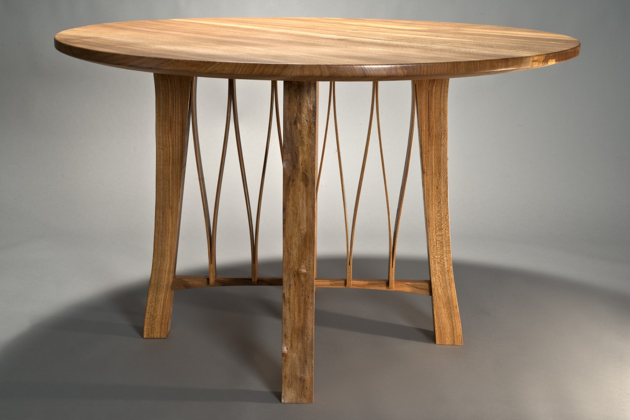 Merveilleux Adrift Café Table